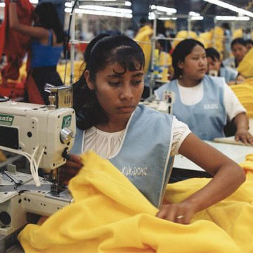 By marissaorton (Sweatshop project Uploaded by Gary Dee) [CC BY-SA 2.0 (http://creativecommons.org/licenses/by-sa/2.0)], via Wikimedia Commons