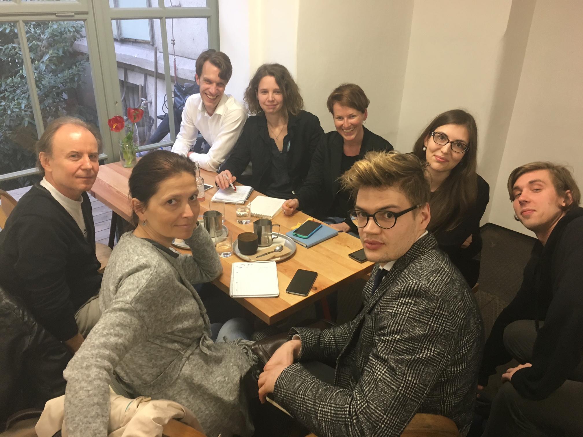 Kauza Panama Papers spojila české investigativní novináře. Prověří společně data