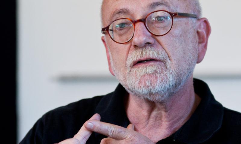 Zemřel investigativní novinář Jürgen Roth