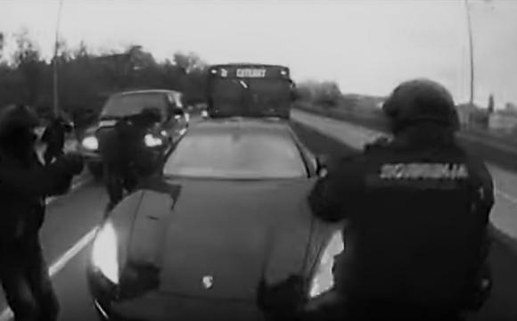 Bílé v černém: komplicové srbského Escobara odsouzeni v Praze, pašovali kokain v Porsche