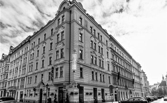 Akta Oděsa III: Hotel Caruso hledá své majitele