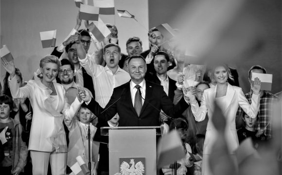 Populistická revoluce: Jaké budou důsledky polských voleb?
