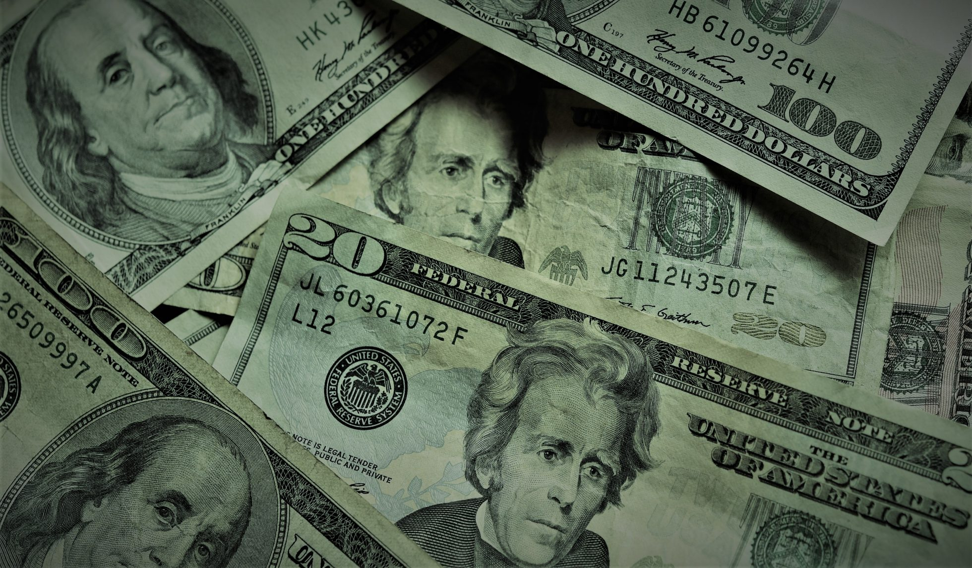 Daně nemizí jen v Karibiku