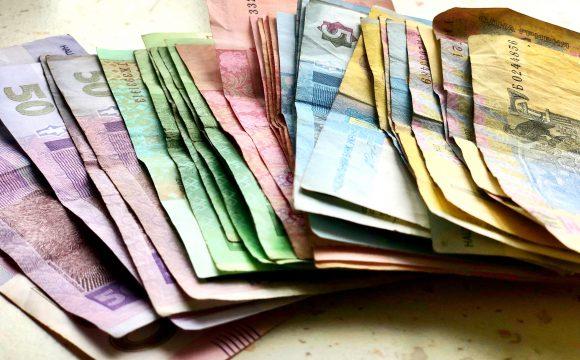 Čech se ve Velké Británii přiznal k praní špinavých peněz
